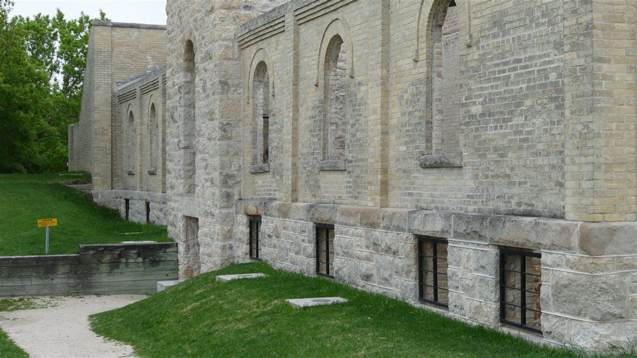 Les ruines du monastère des Trappistes de Saint-Norbert. Le site a été incendié en 1983.