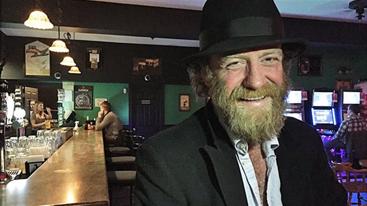 Chris Andrews, copropriétaire du Erin's Pub