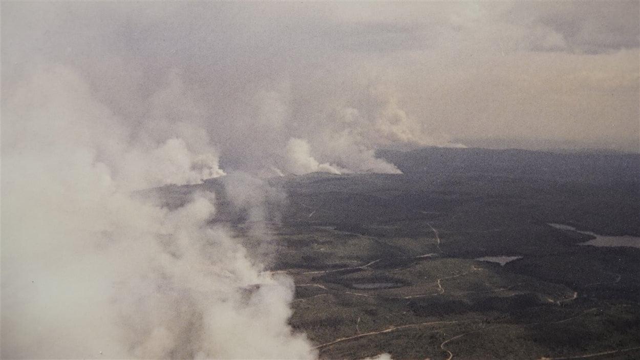 Un nuage de fumée sur la Côte-Nord