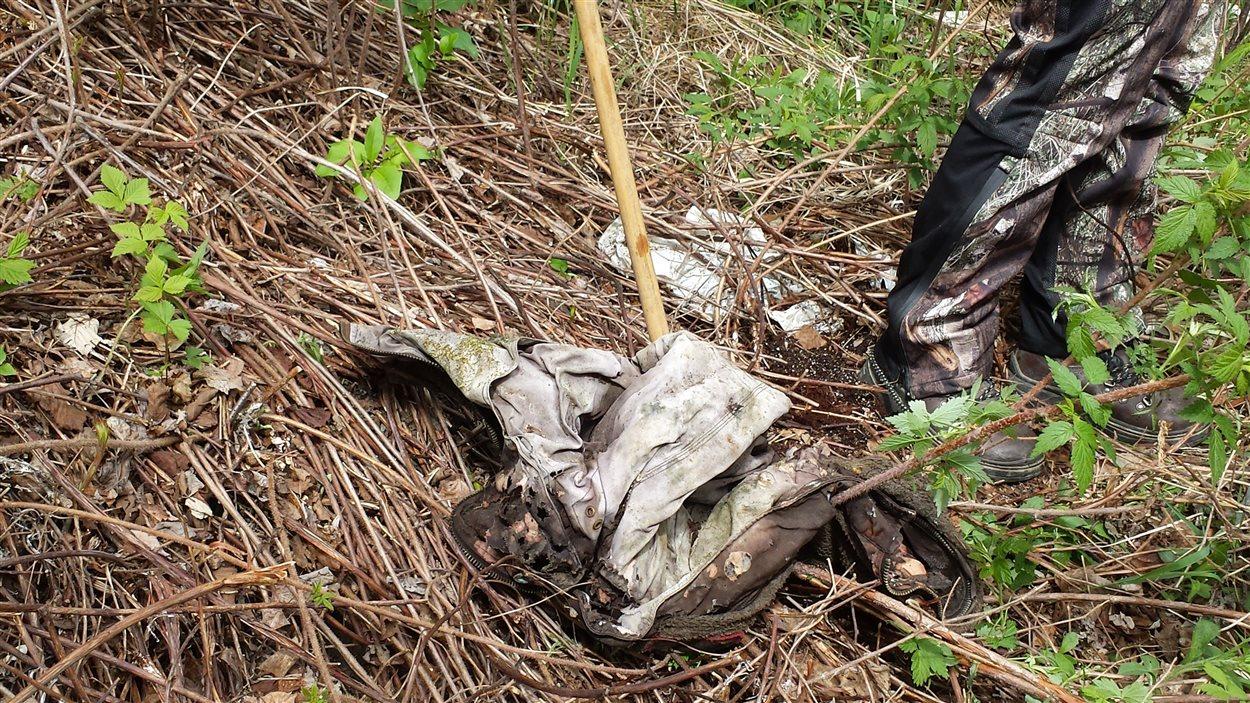 Manteau retrouvé lors de la battue du 4 juin 2016, pour retrouver Sindy Ruperthouse
