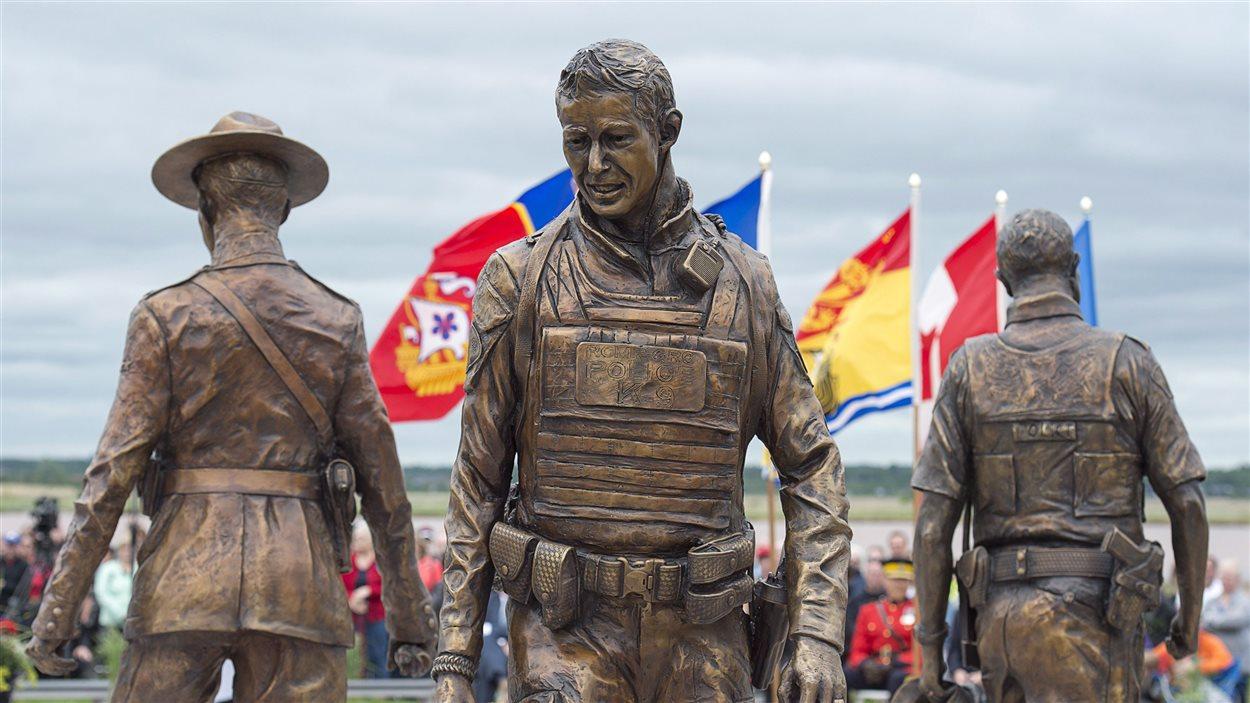 Monument commémoratif des trois policiers tués en 2014