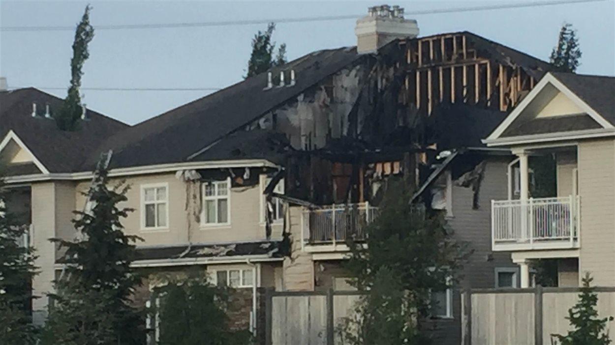 maison brûlée à Edmonton
