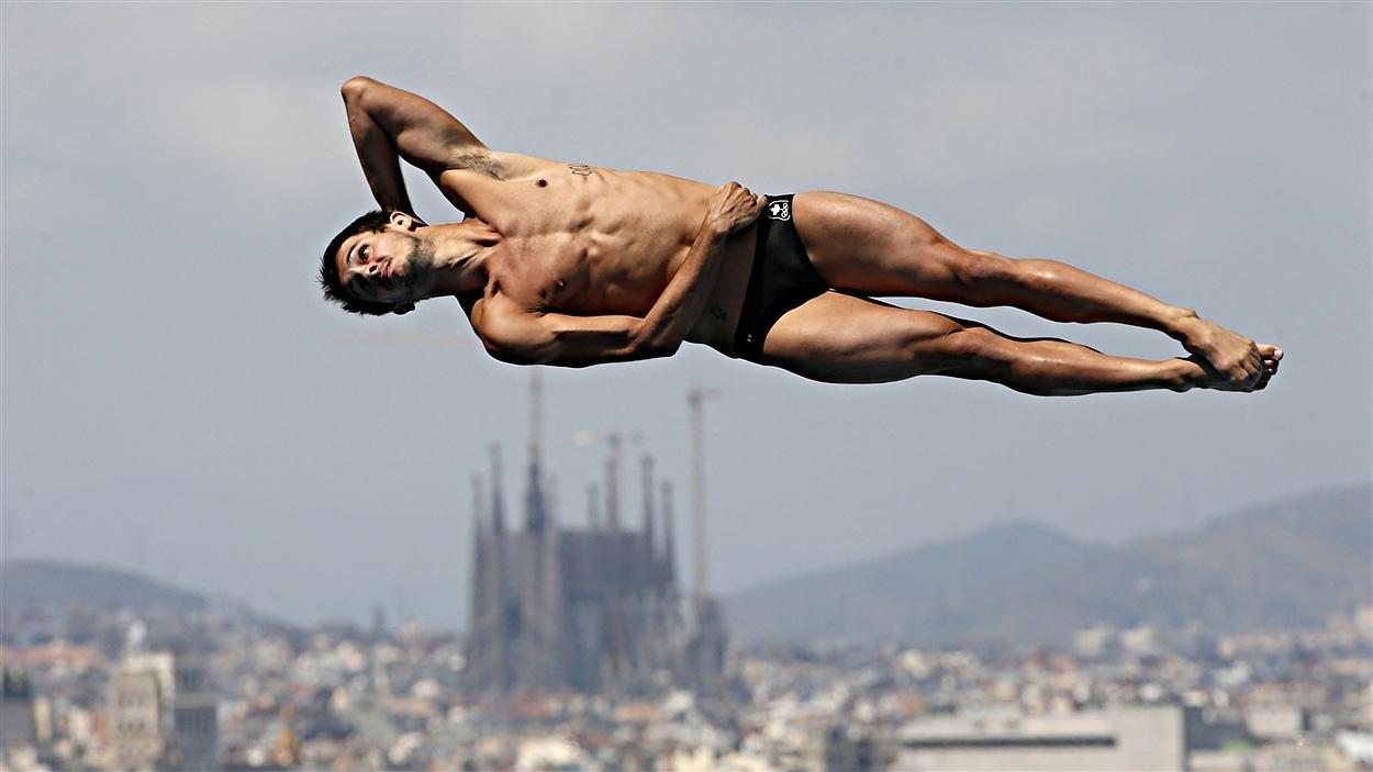François Imbeau-Dulac au tremplin de 1 m aux mondiaux de Barcelone, le 20 juillet 2013