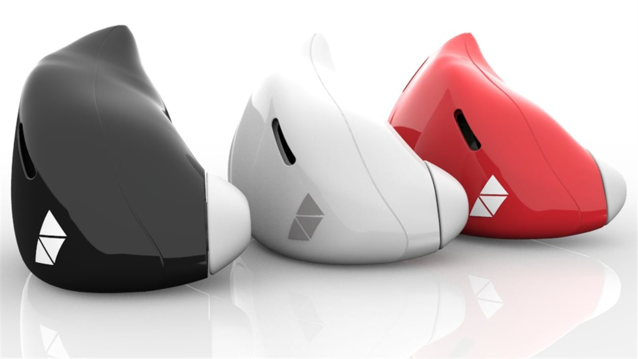 The Pilot, un système de traduction simultanée qui fonctionne à partir de petites oreillettes