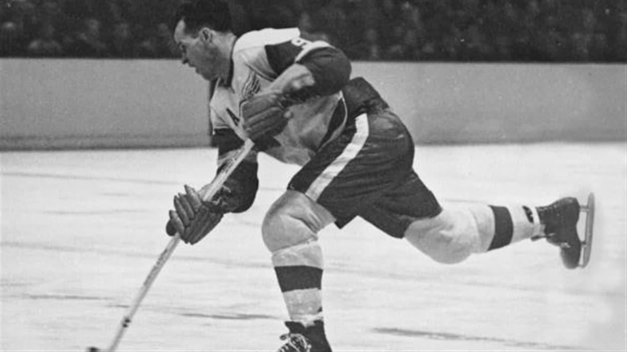 Howe a terrorisé les défenses adverses durant 26 saisons dans la LNH