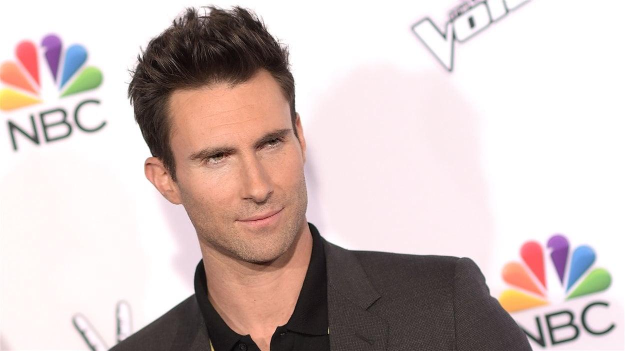 Adam Levine offre de payer les funérailles de la chanteuse ...