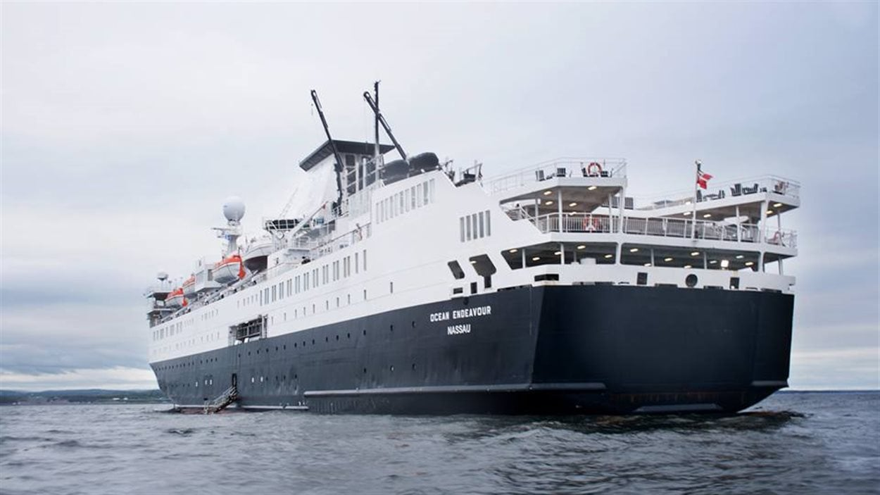 Le bateau de croisière Ocean Endeavour