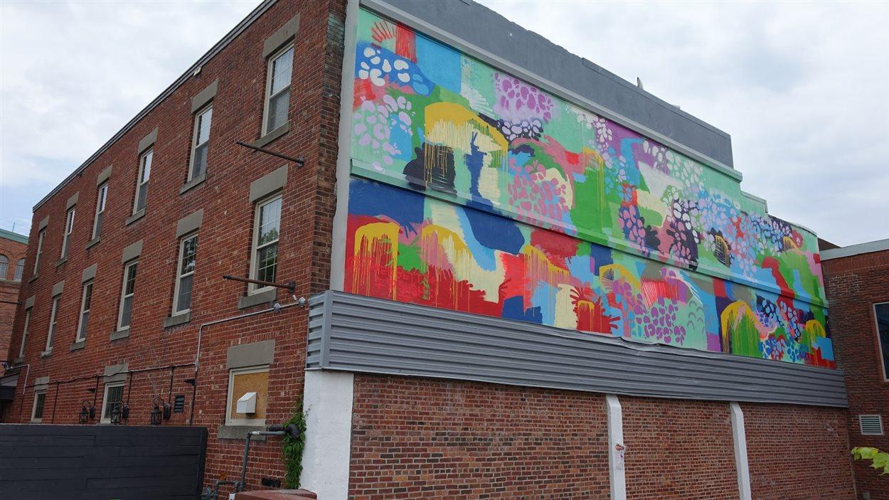 La fresque de Jared Betts au centre-ville de Moncton