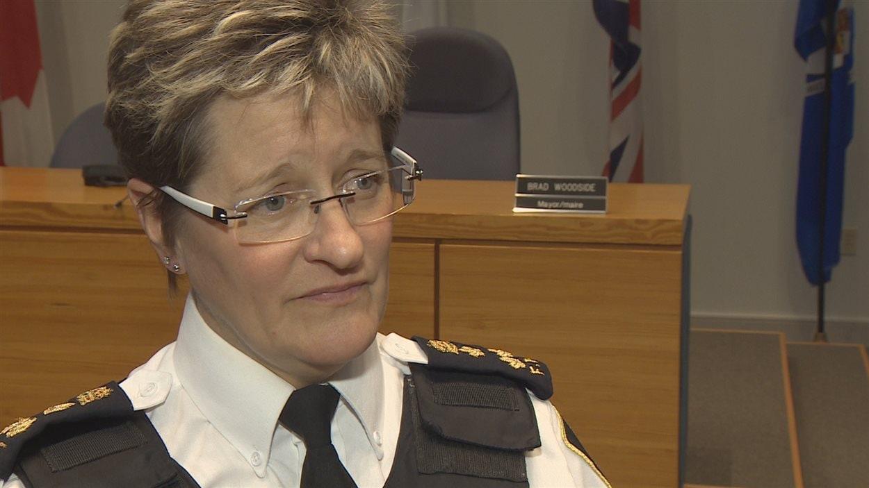 Leanne Fitch dans un tribunal