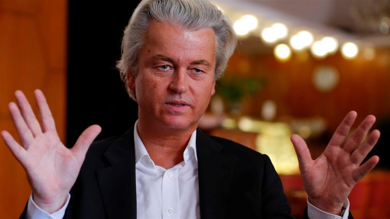 Le chef de l'extrême droite néerlandaise, Geert Wilders, réclame à son tour la tenue d'un référendum aux Pays-Bas. Son parti est en vue des élections de mars 2017.