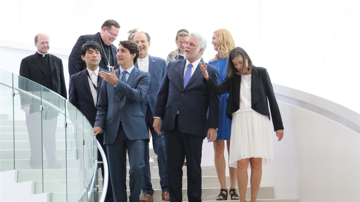 Les dignitaires et personnalités publiques ont visité le pavillon Lassonde.