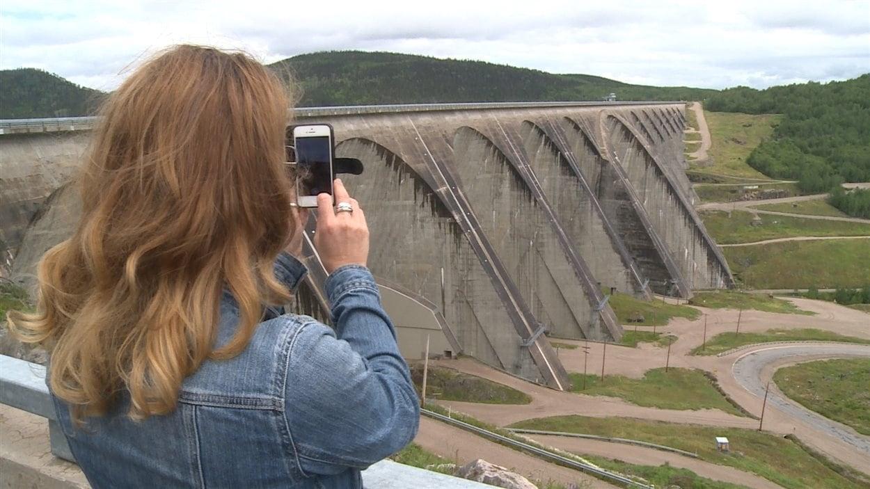 Le barrage Daniel-Johnson, à Manic-5, vaut bien le détour à lui seul.