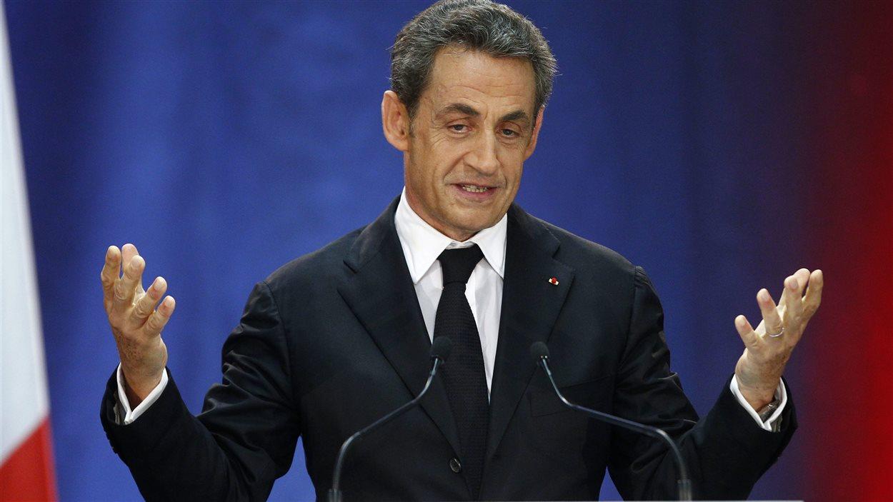Nicolas Sarkozy s'exprime le 25 septembre 2014 à Lambersart, en France, durant sa campagne pour la direction du parti UMP, depuis rebaptisé Les Républicains.