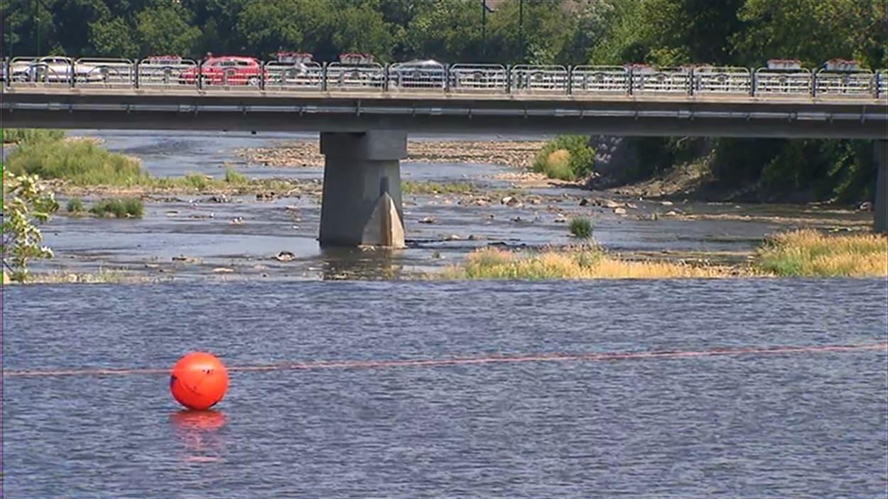 L'eau potable est prélevée en amont du déversement dans la rivière Yamaska.