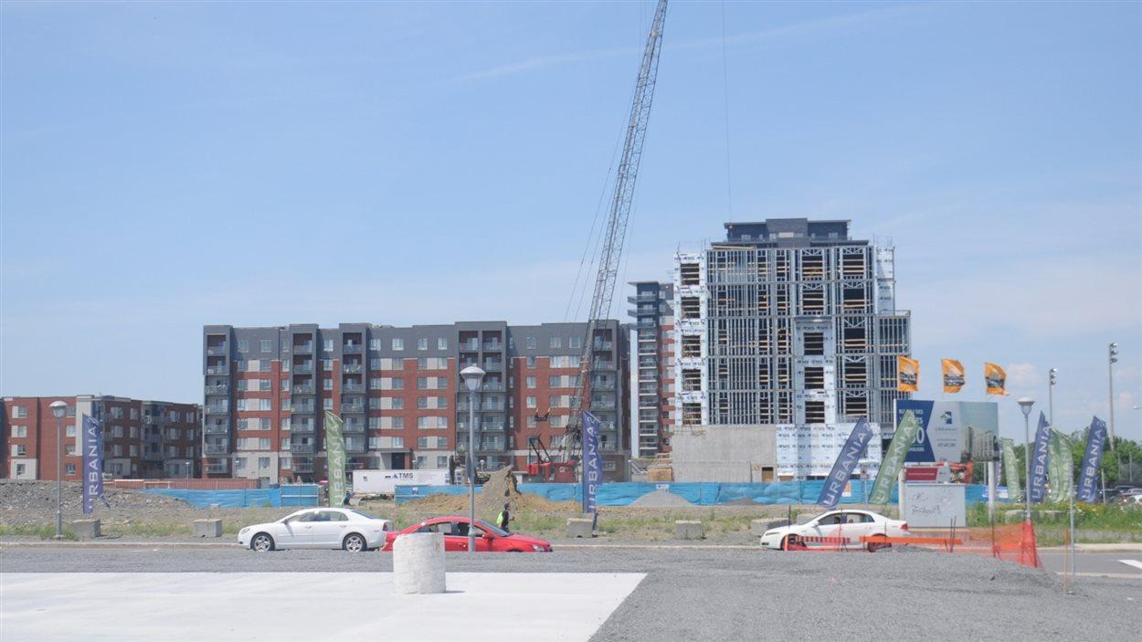 La phase 2 du complexe Urbania à Laval, 250 millions sur 10 ans pour 1150 condos.