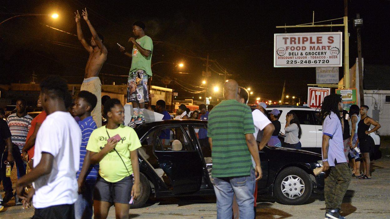 Une manifestation de centaines de personnes à Baton Rouge, en Louisiane.