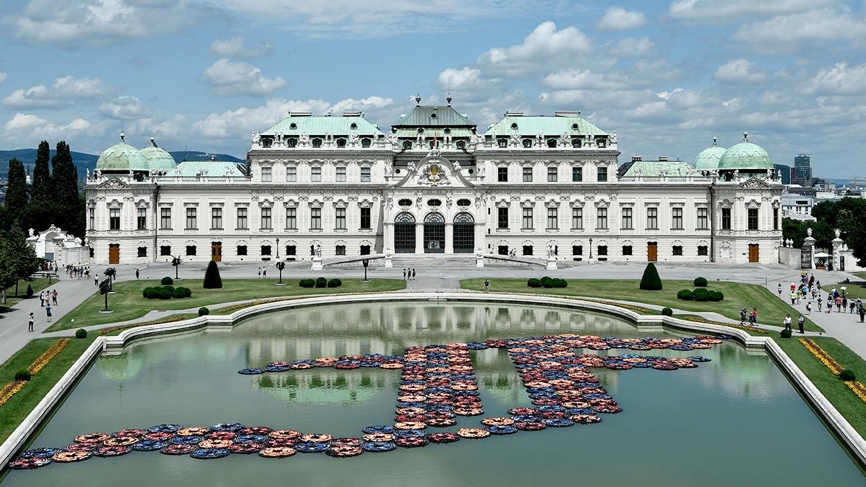L'installation «F Lotus» d'Ai Weiwei aux jardins du Belvédère, à Vienne, en Autriche