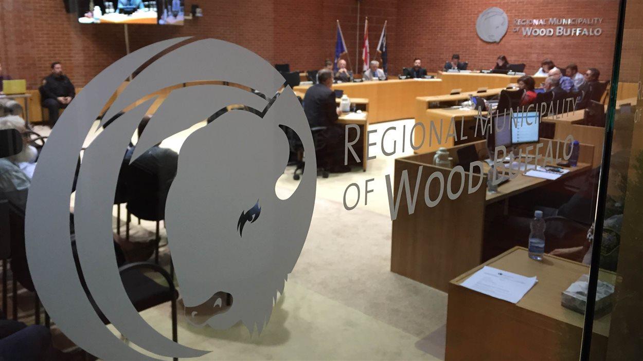 Le conseil de la municipalité régionale de Wood Buffalo, qui comprend aussi Fort McMurray.