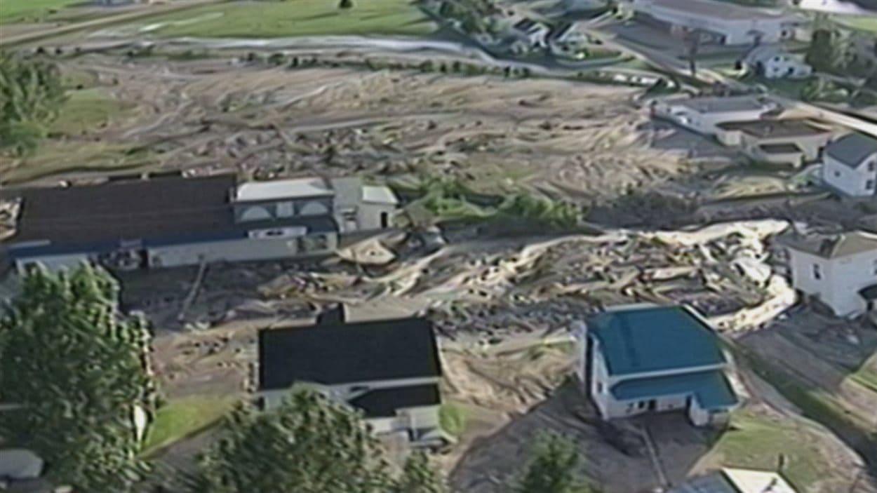 L'Anse-Saint-Jean avait été durement touchée par les inondations de 1996.