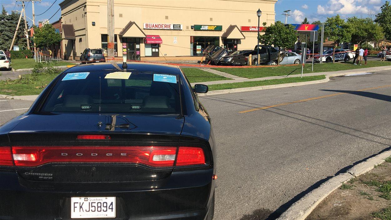 Un Accident Fait Plusieurs Blesses Sur La Rue Daniel Johnson A Gatineau Radio Canada Ca