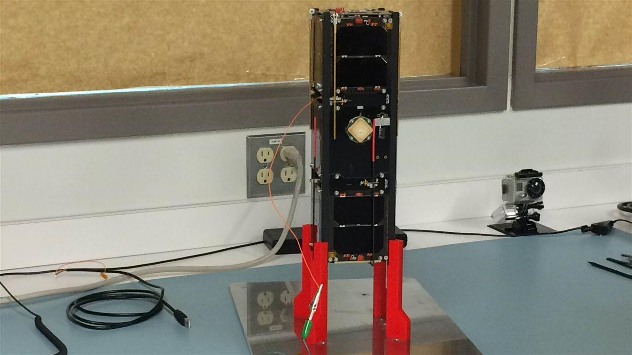 L'Experimental Alberta Number One sera le premier satellite albertain à aller dans l'espace.