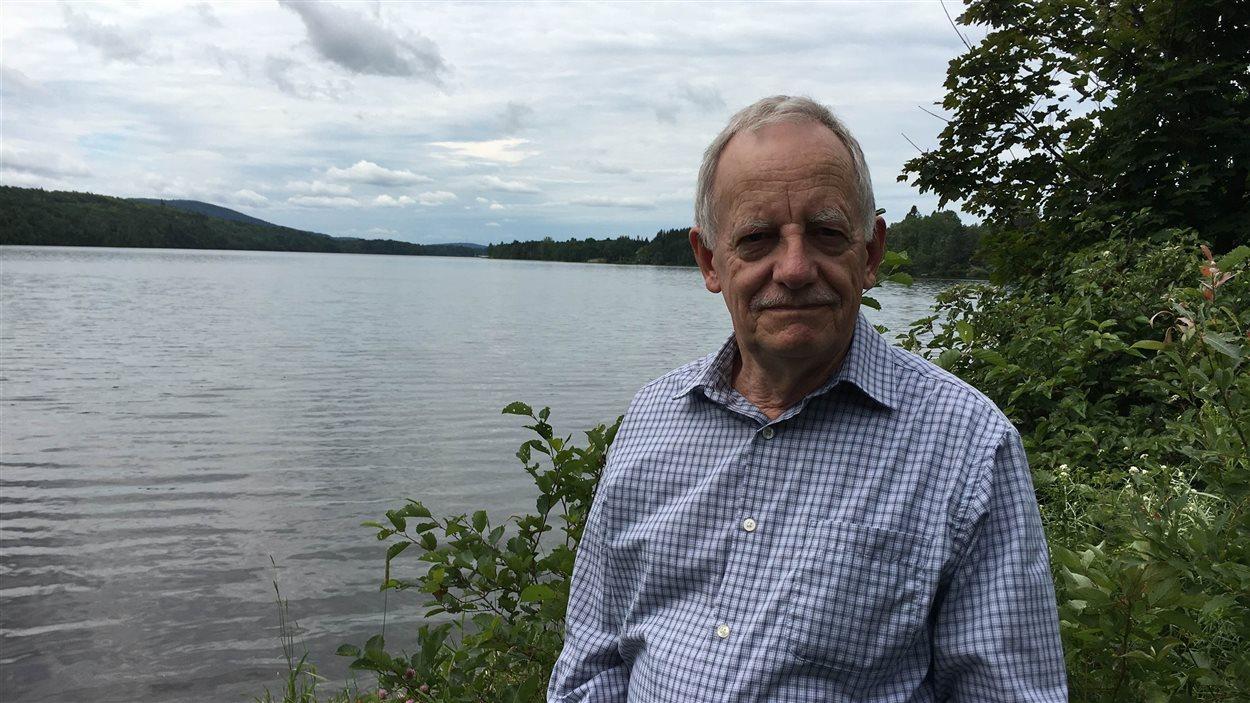 Le président de l'association de la protection de l'environnement du lac à l'Anguille, André Lévesque