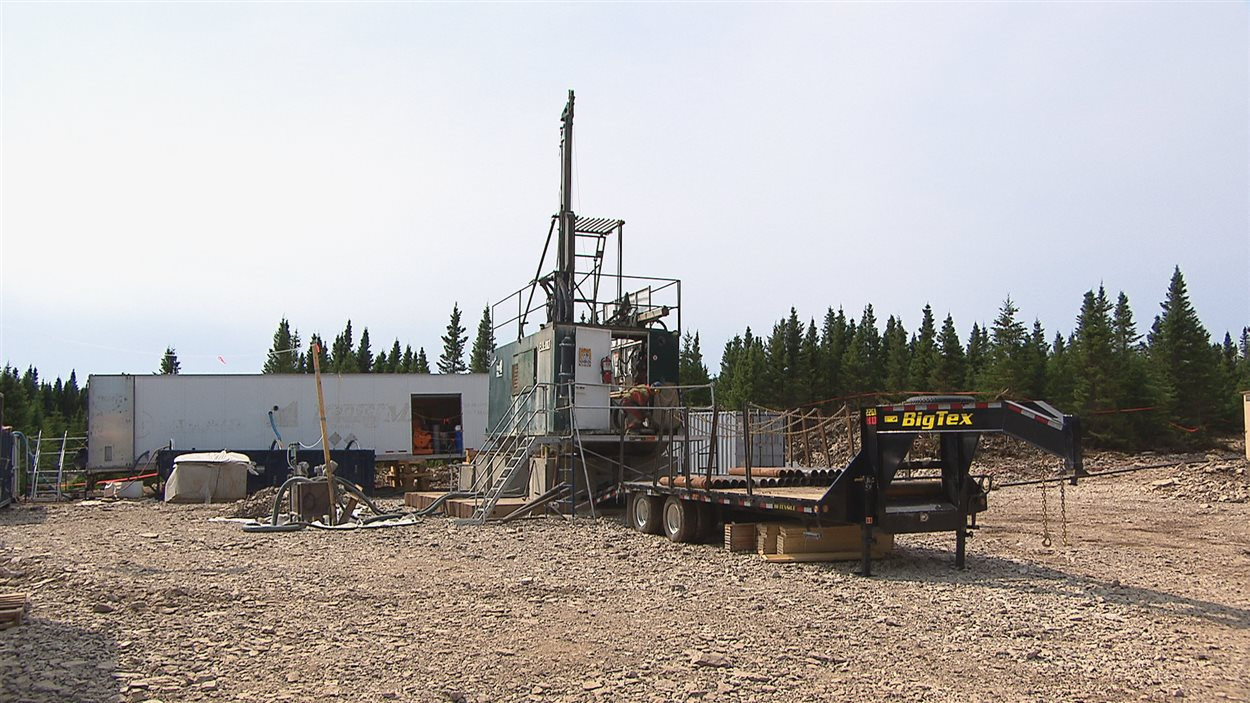 Un site d'exploration pétrolière sur l'île d'Anticosti.