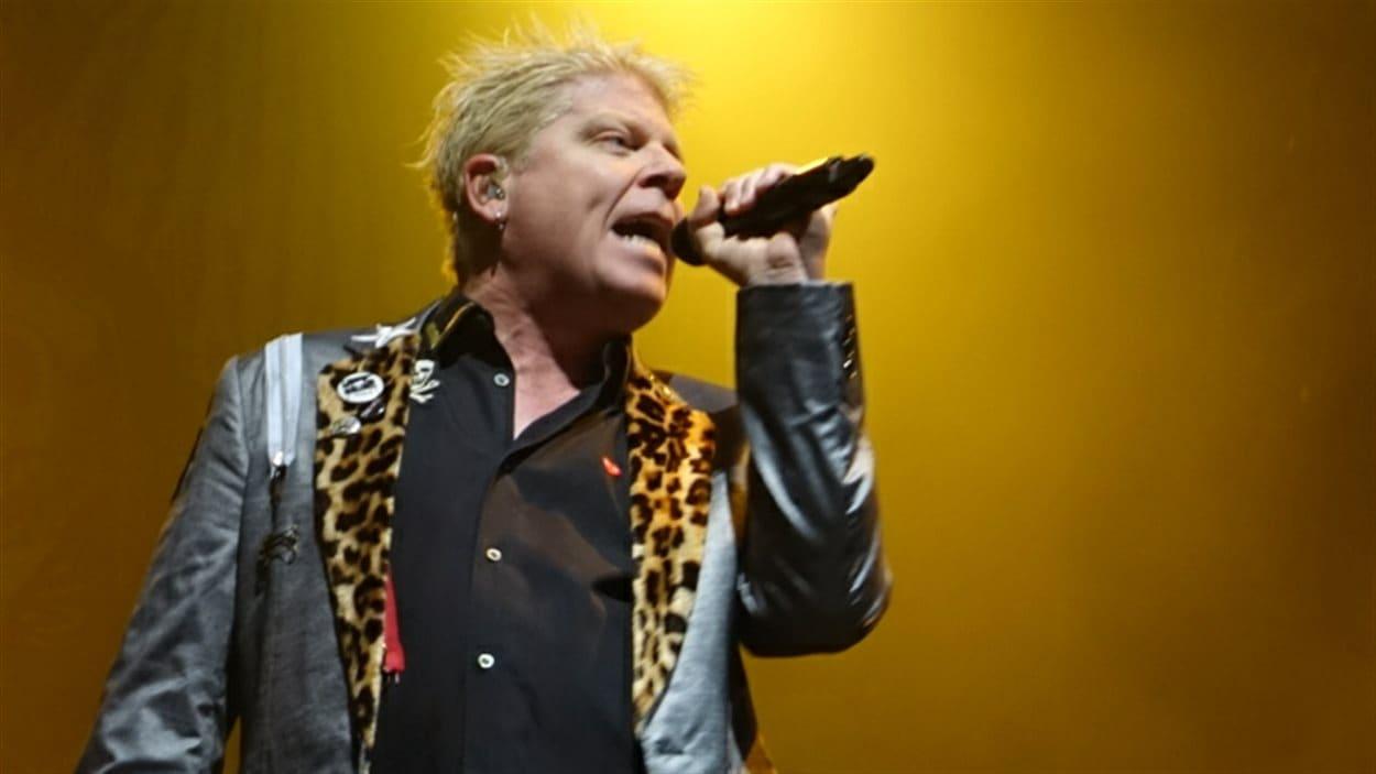 Le chanteur The Offspring a livré une prestation énergique au Festivent.