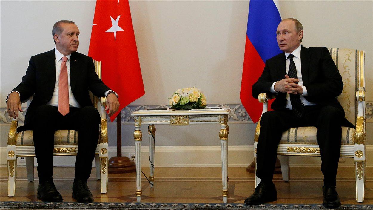 Recep Tayyip Erdogan et Vladimir Poutine se sont rencontrés à à Saint-Pétersbourg.