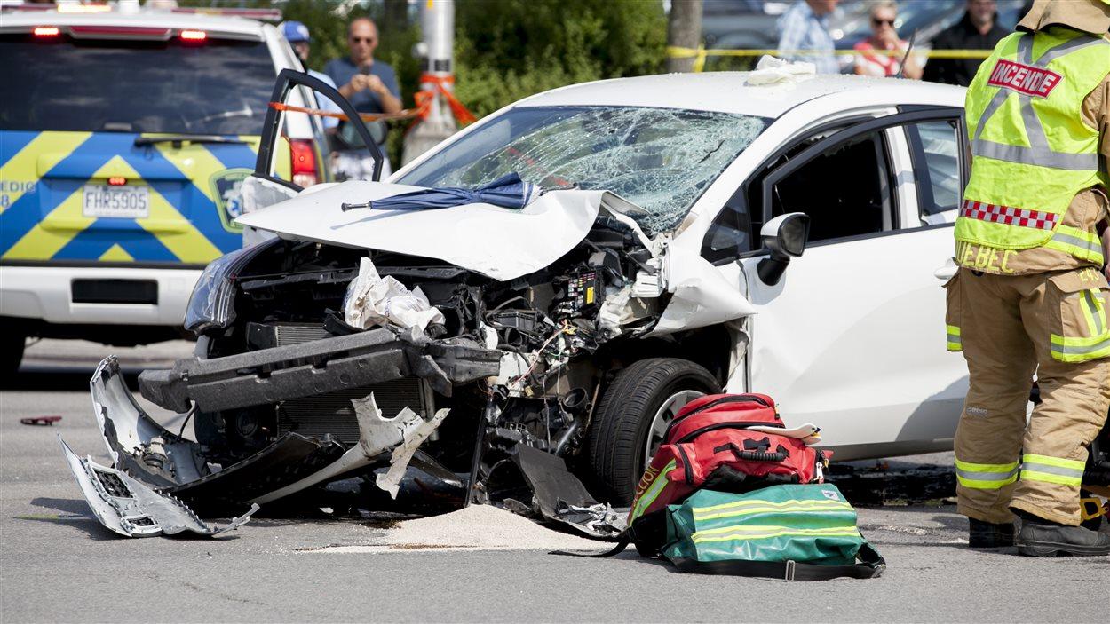 L'automobiliste a d'abord heurté une femme enceinte qui traversait le boulevard Laurier, avant de percuter deux voitures immobilisées.