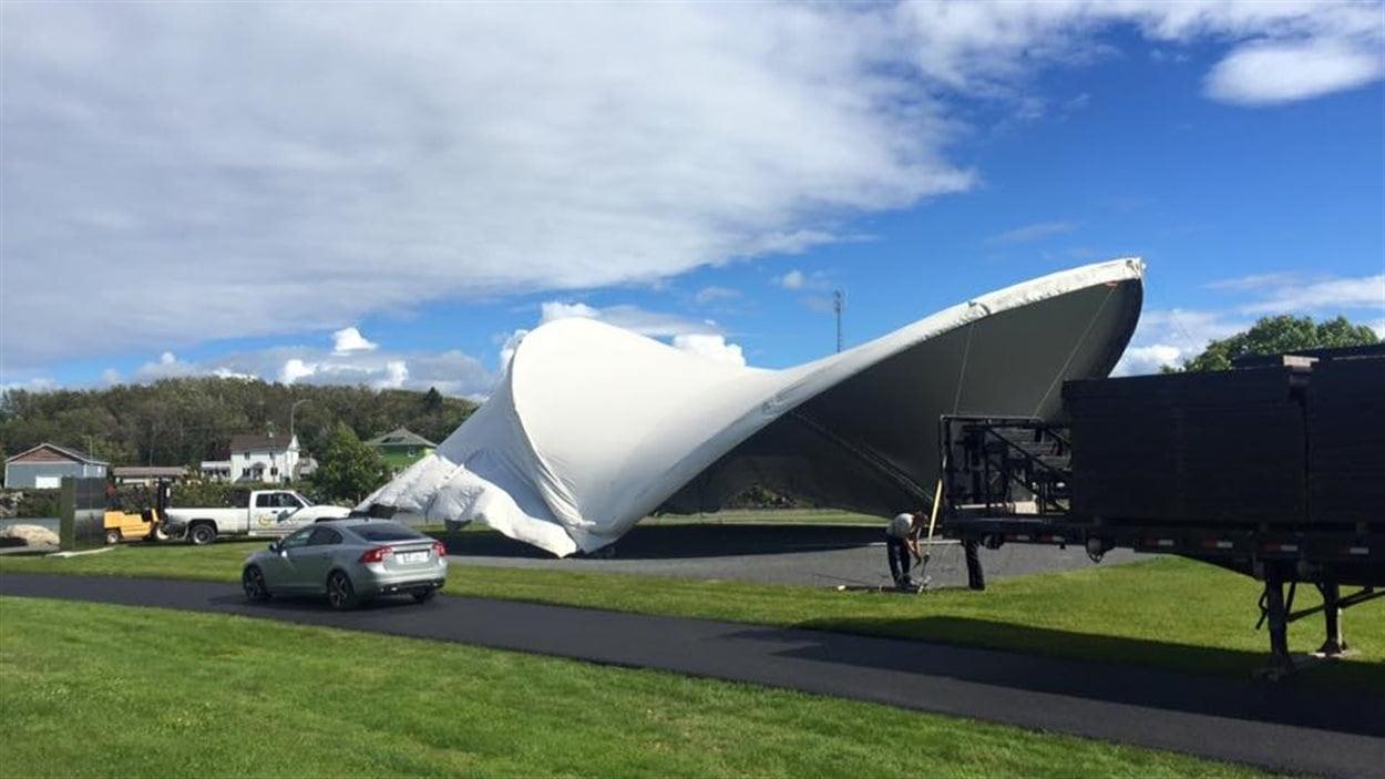 Le nouvel emplacement des spectacles du festival Éole en musique, au parc des Îles.