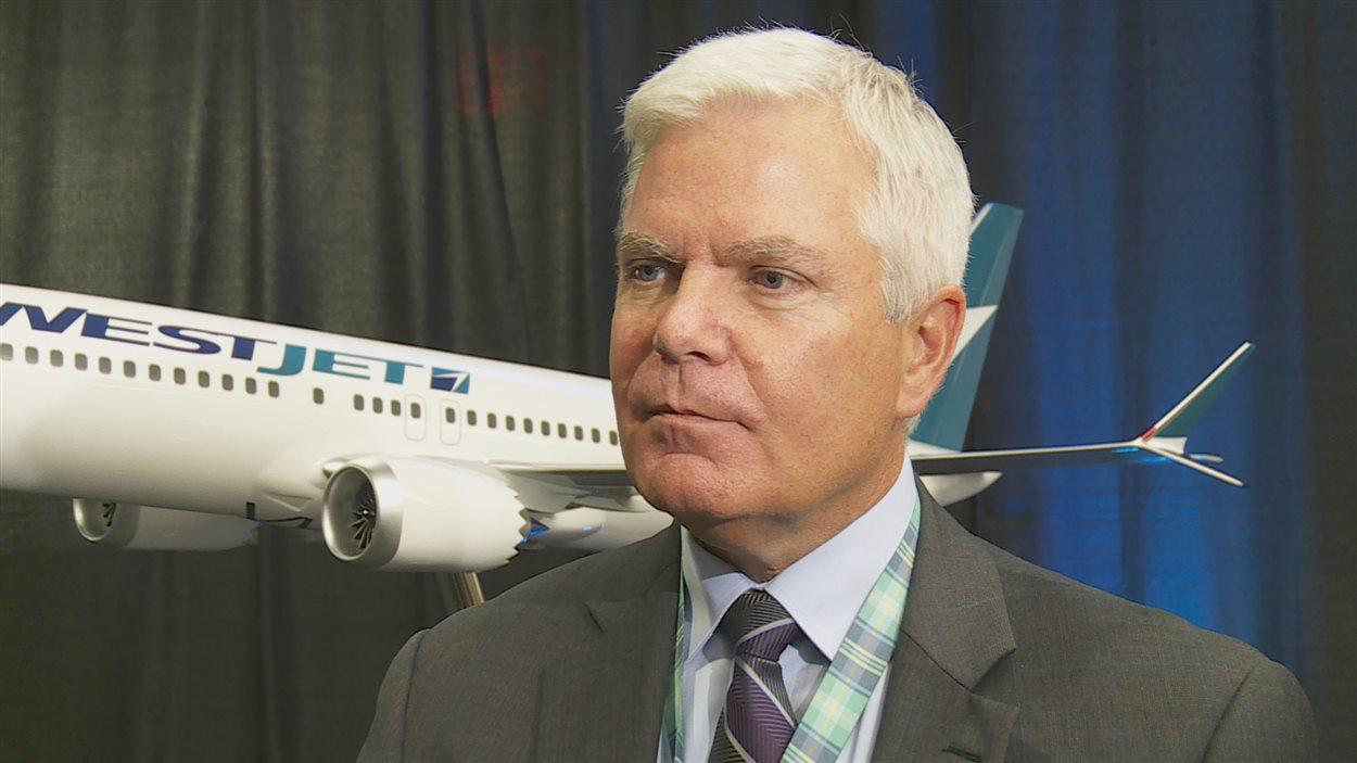 Le président et directeur général de Westjet, Gregg Saretsky,