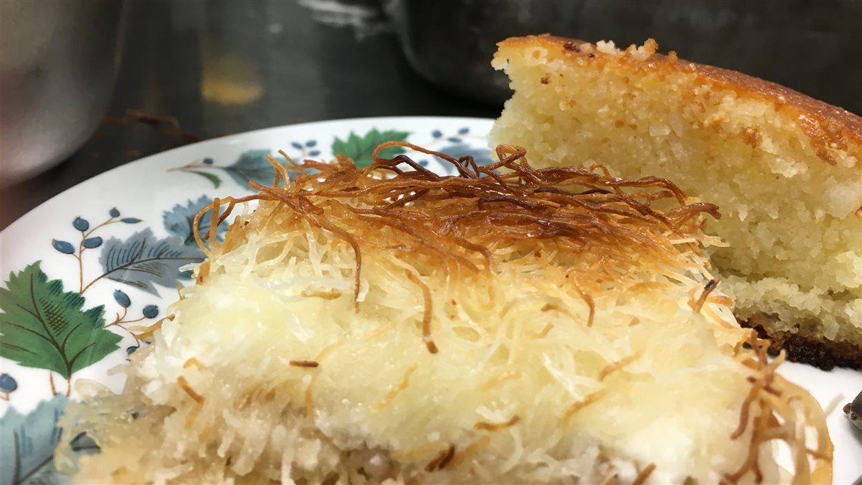 Le konafa est une pâtisserie à base de fromage.