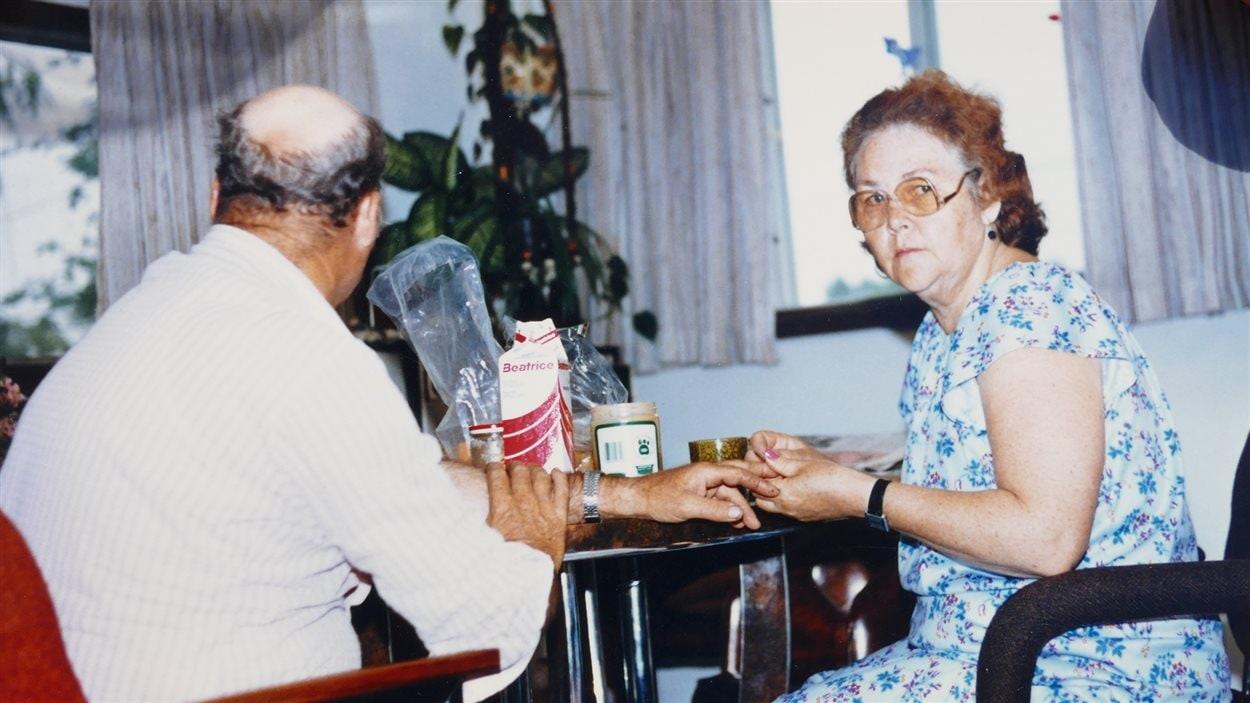 La famille Richardson a pu renouveler son mobilier grâce à l'expérience de revenu minimum garanti.