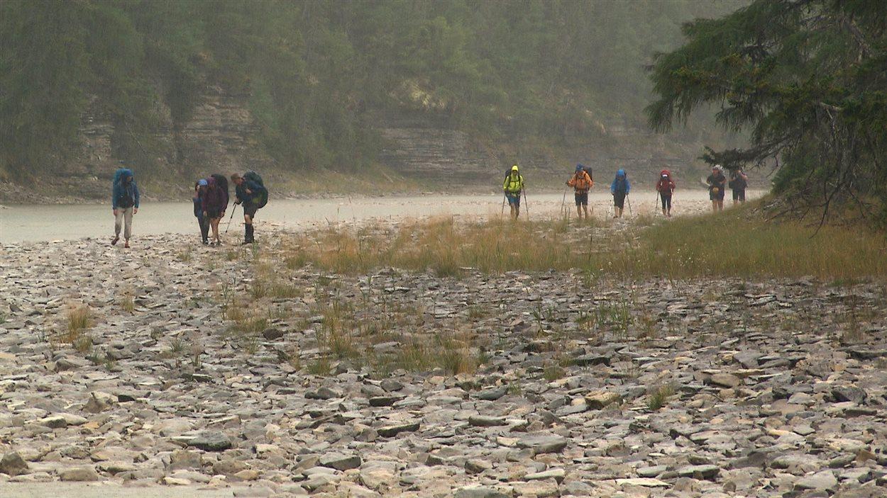 Les marcheurs à la rivière Jupiter
