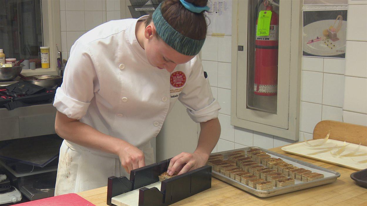 Une cuisinière