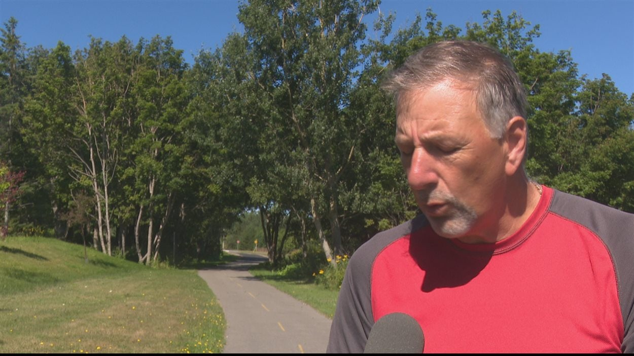 Serge Dugas, des Amis de la Véloroute de la Péninsule acaedienne, veut faire de la Véloroute une destination de choix pour les cyclotouristes.