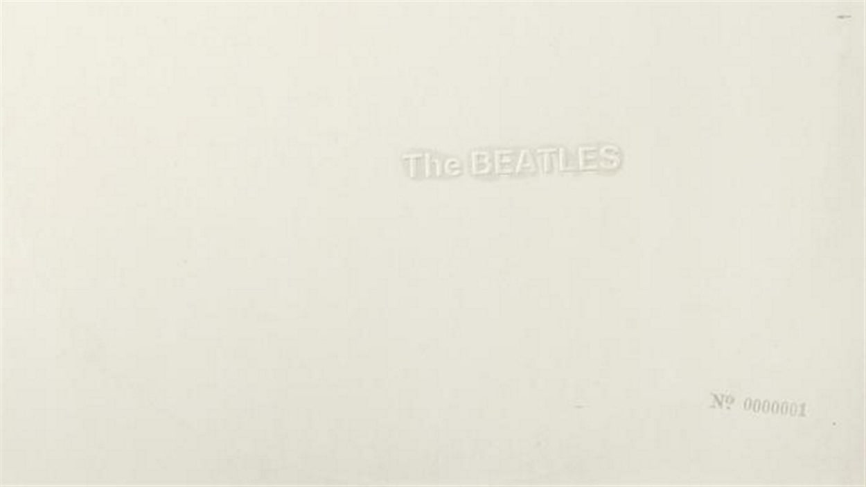 L'exemplaire de l'album homonyme des Beatles de Ringo Starr