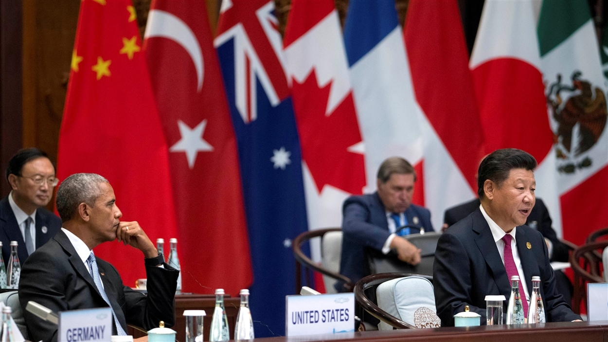 Le président chinois tente de montrer que la Chine pourrait mieux gérer l'économique que ne le fait l'Occident.