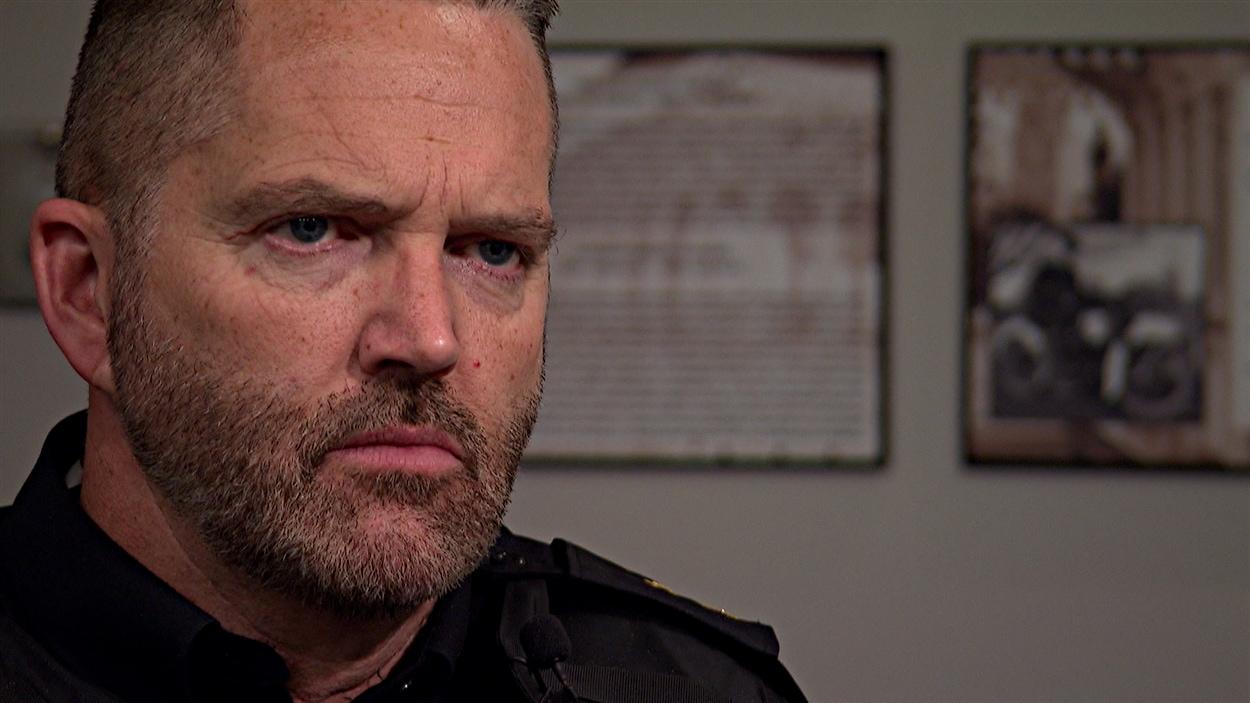 Le sergent Jim Elves de la police d'Ottawa.