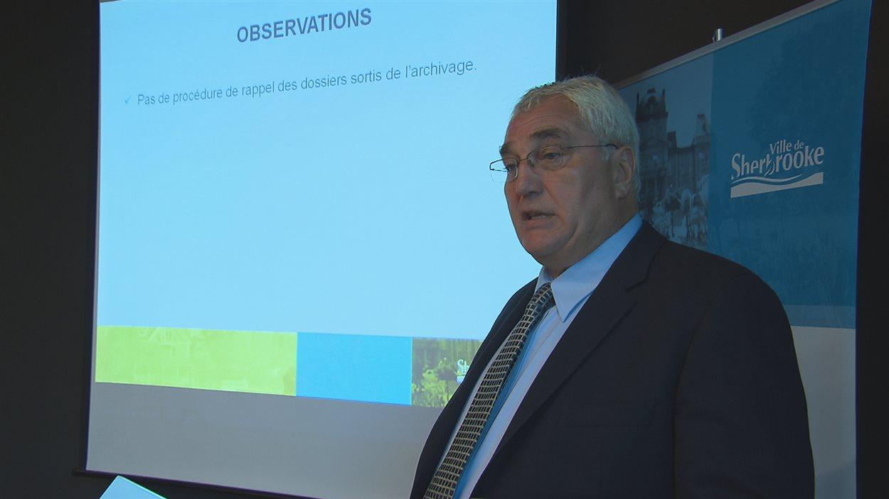 Claude Cournoyer présente son rapport (6 septembre 2016)