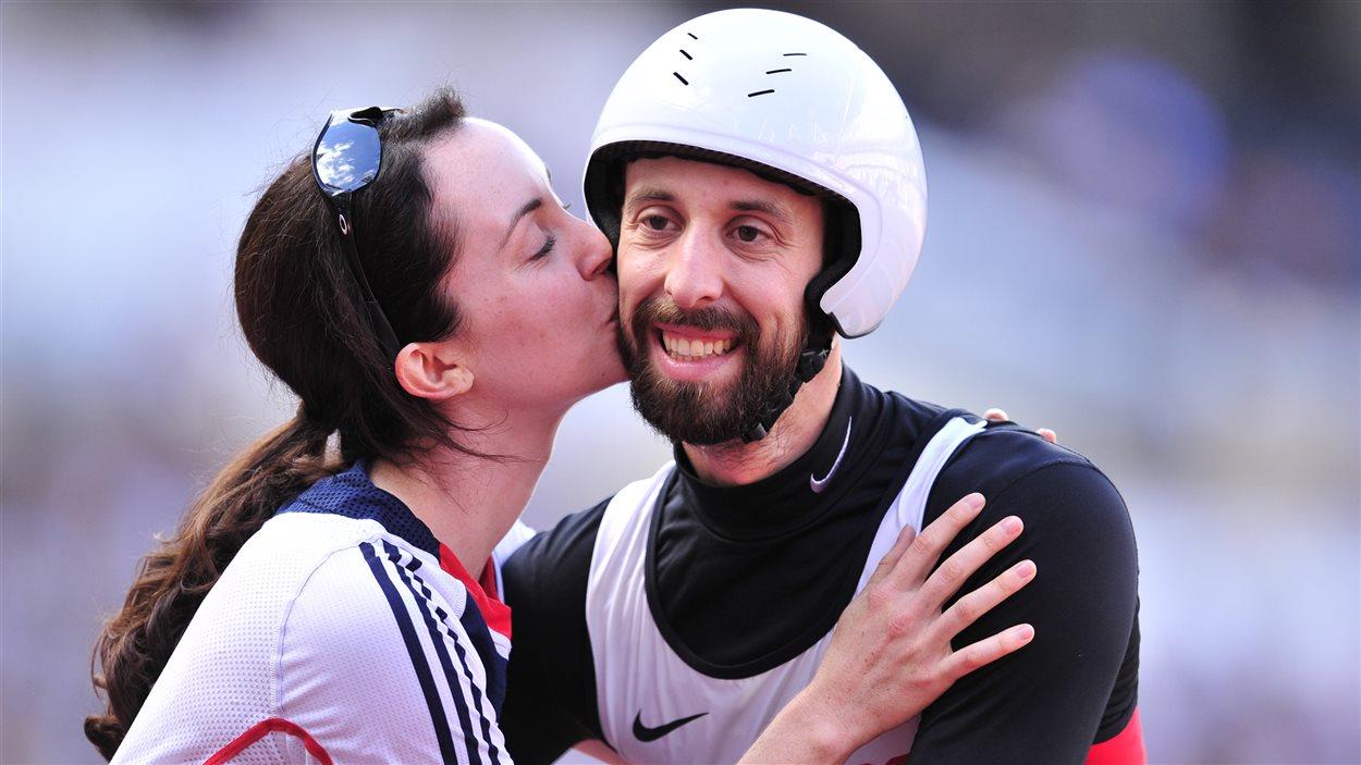 Brent Lakatos et sa femme, Stephanie Reid, membre de la délégation britannique