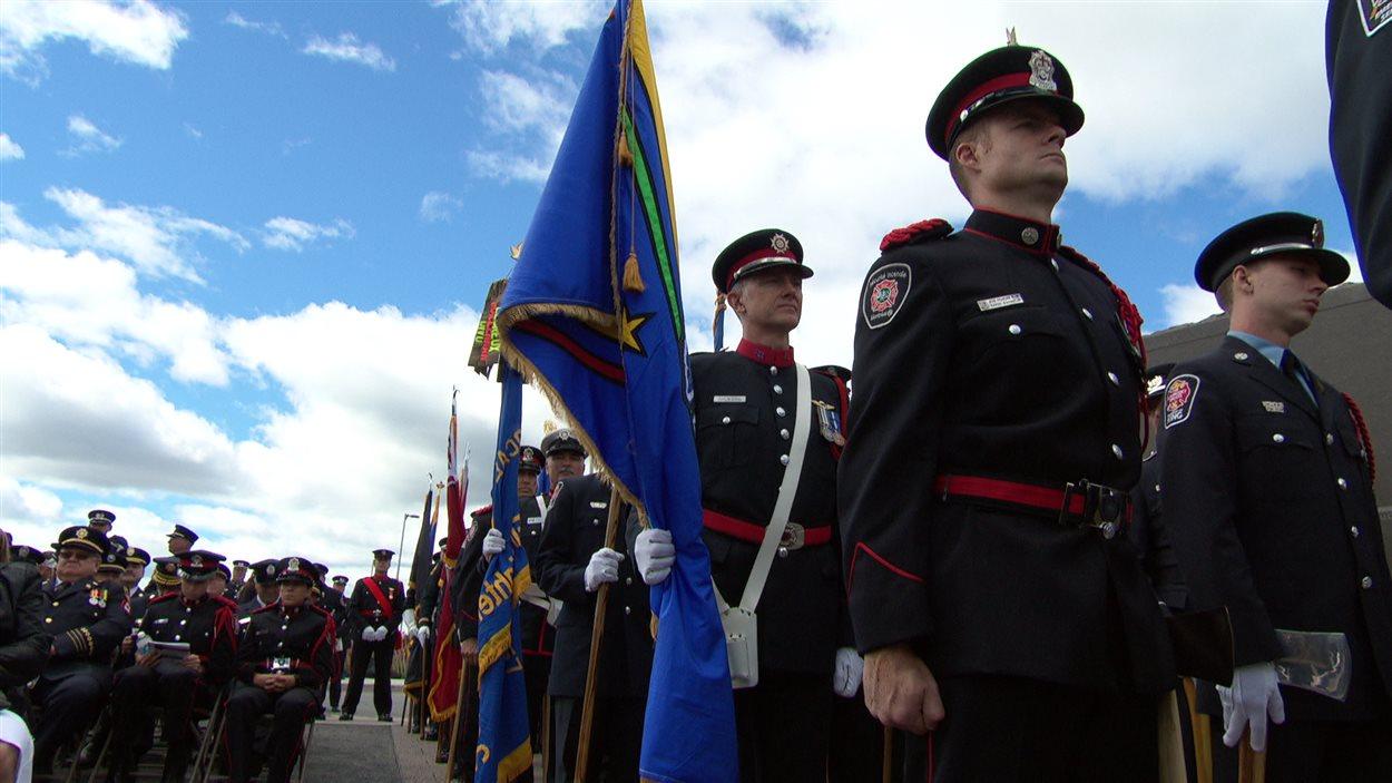 La cérémonie commémorative des pompiers canadiens morts en service sur les plaines LeBreton