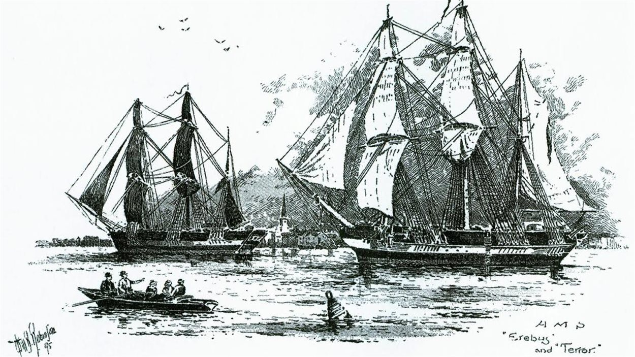 Deux navires, NSM Erebus et NSM Terror, sont disparus en 1846 lors de l'expédition Franklin, dans le Grand Nord canadien.