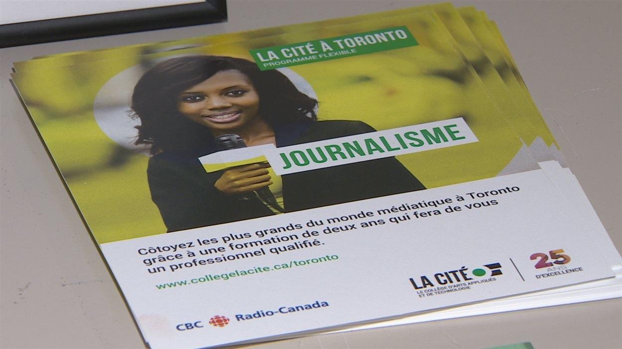 Publicité sur le programme de journalisme