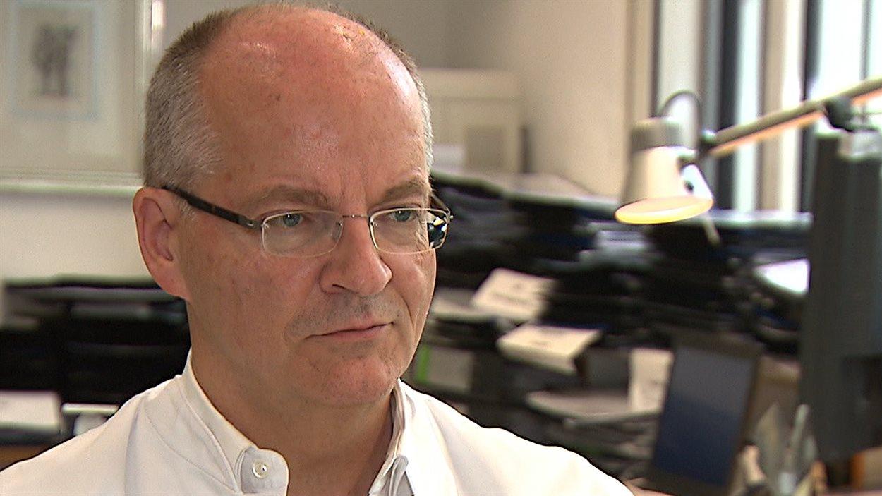 Le médecin Thomas Vogl, Directeur de l'Institut pour le diagnostic et la radiologie interventionnelle de Francfort
