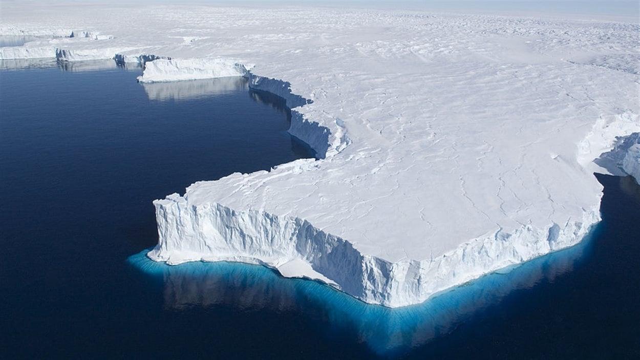 Vue aérienne de la péninsule de Browning, près de la base antarctique Casey