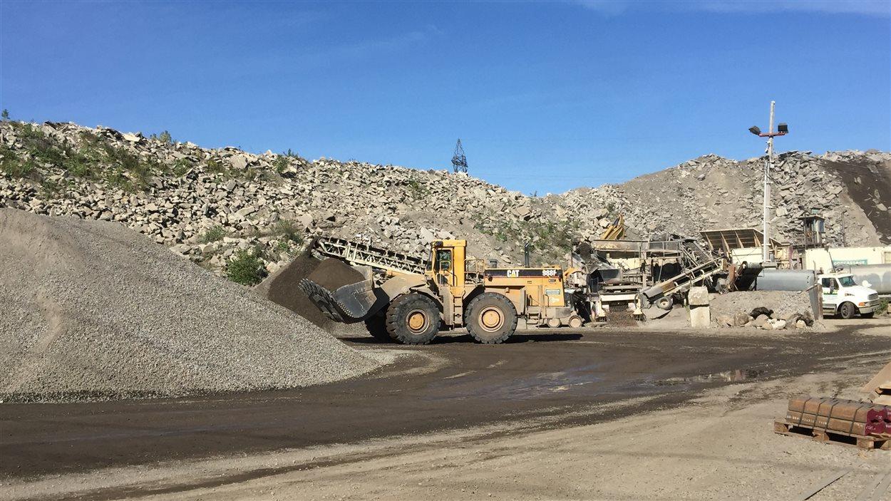 L'entreprise Recy-Béton est spécialisée en recyclage de béton et d'asphalte.