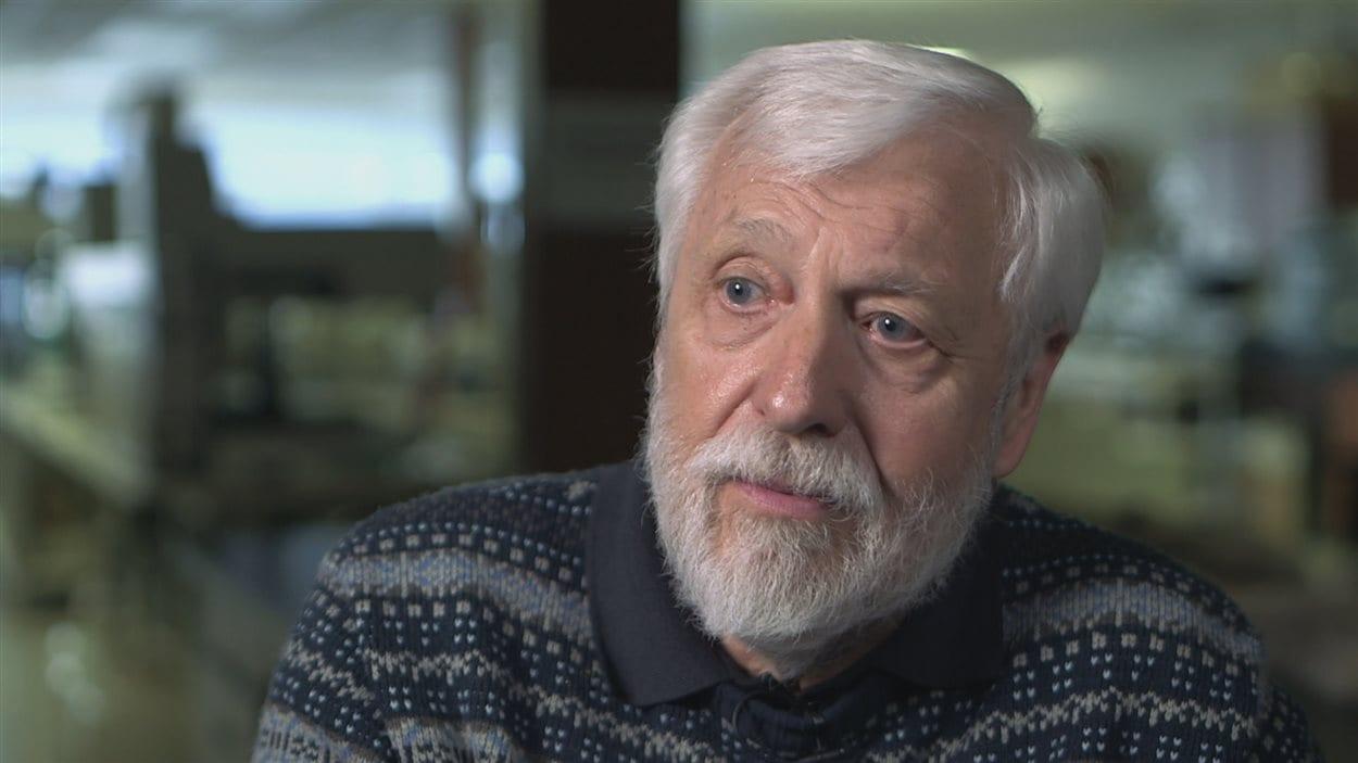 Le généticien Bradley White de l'Université Trent en Ontario.