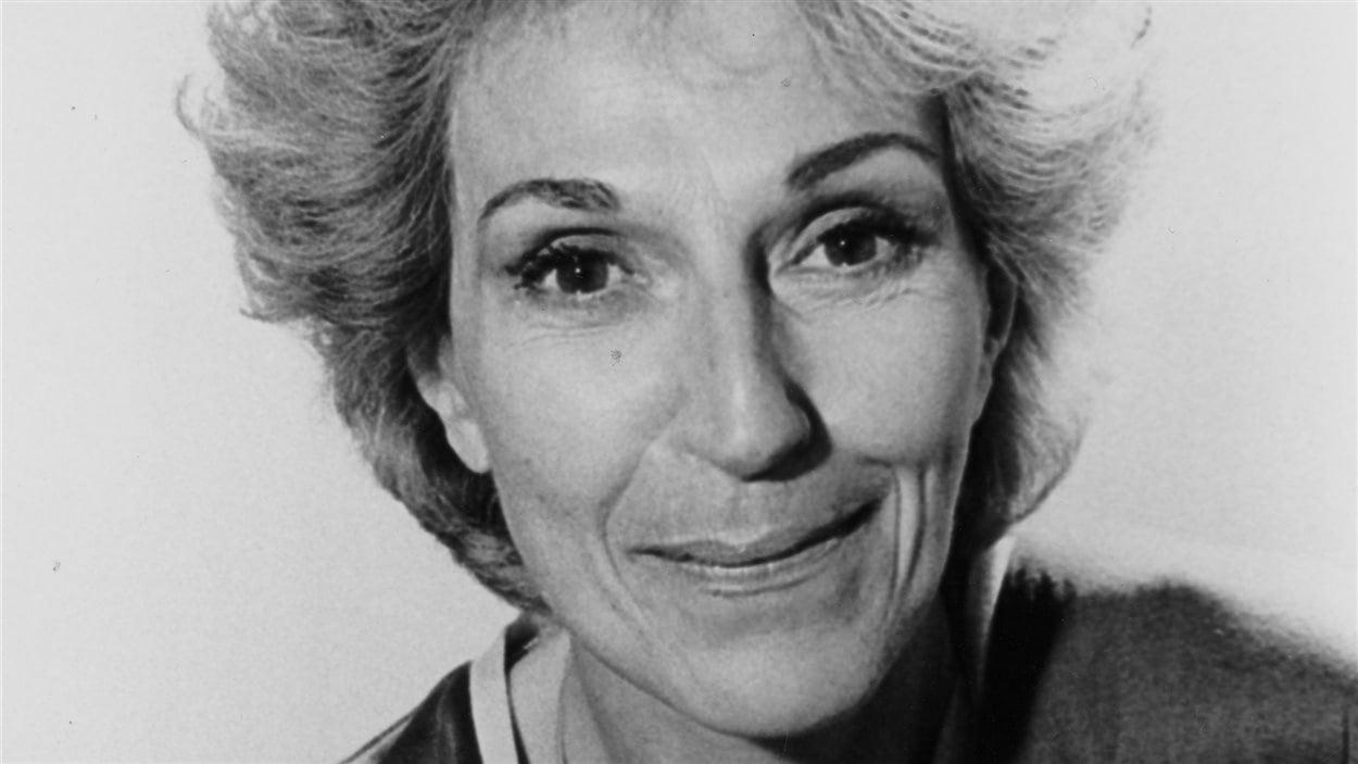 Helen Vela (1946?992)
